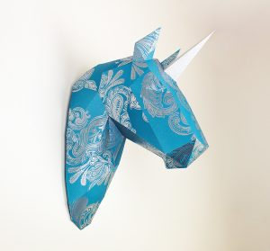 Papercraft_unicorn_trophy_image